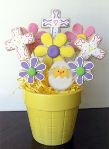 Contains a hatching chick, 5 flowers, and 3 crosses. And all are decorated in each unique way. Some people seem to have too much time on their hands.
