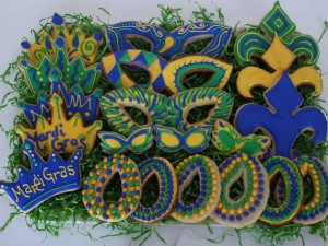 I like how some of the cookies resembling Mardi Gras beads and how they're designed. I can never master something like that, not in a million years.