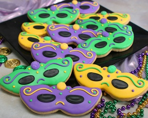 Of course, some mask cookies have holes in them and others don't. In this one, the eye holes are covered in black icing. Yet, each mask is unique in its own way.