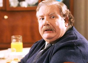 Though most people remember Richard Griffiths as Uncle Vernon, he's also a rather accomplished actor on the British stage who really hated it when someone's cell phone would ring during his performances.