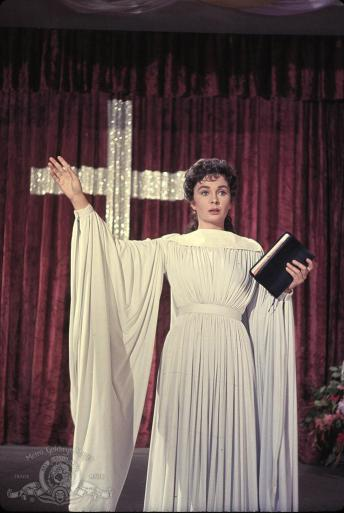 1960 was a big year for actress Jean Simmons who had 2 memorable performances that years as a slave girl who romances Kirk Douglas in Spartacus as well as Sister Sharon Falconer from Elmer Gantry, a role she should've received an Oscar nomination for but didn't.