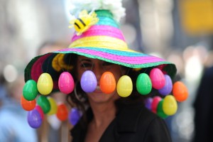 Now I wonder how she could wear this hat and see. I mean those plastic eggs seem to obscure her eyes.