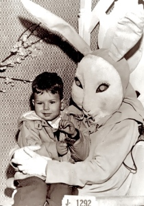 Either way, this poor boy will have to spend a lifetime of therapy sessions, if he ever survived his encounter. Seriously, that bunny is just horrifying beyond all reason.