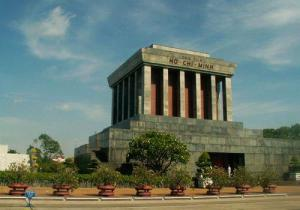 Still, while cruel observers remark on how it resembles a Greco-Roman public toilet, I think it's just a Soviet style rip off of the Parthenon. Of course, Ho Chi Minh wished to be cremated but that didn't happen.