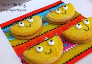 Yes, they are smiling. Yes, they are taco cookies. And yes, they are adorable. Need I say more.