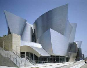 This is the Walt Disney Concert Hall in Los Angeles, California. Of course, this was designed by Frank Gehry who tends to draw inspiration for his projects through amateur dumpster diving, it seems.