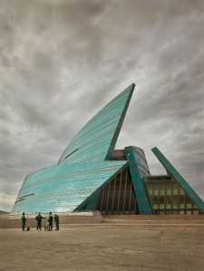 This is Kazakhstan's Central Concert Hall in Astana. And though I like the color, it just seems like a combination of the old Soviet style and Frank Gehry. Thus, utter crap.