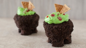 I'm sure the guacamole is made from green icing and sprinkles. And the pot is made from chocolate cake. But these look delicious.