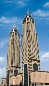 Fortunately for New York, Dubai turned out to be a rather poor copycat in this case. Seriously, it's basically the Chrysler Building meets Las Vegas.