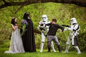 Maybe if the guy brought his lady love flowers, chocolate, and jewelry, this whole thing would've been prevented. Still, didn't know that Darth Vader was quite a ladies' man.