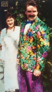 I'm sorry but when I see a guy in such an elaborate wedding outfit, I'm bound to make a joke about Jimmy Buffet's Parrothead fans now and then. Also, the pants are quite hideous, too.