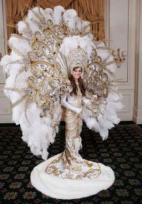 I'm sure this is the kind of wedding dress a young woman wears if her father's the owner of a multibillion dollar Las Vegas casino. Yeah, I'm sure a lot of gambling addicts  lost their life savings to pay for it.