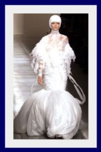 Now this is the perfect wedding dress for the bride who wants her wedding on Mars or on the International Space Station. But of course, I'm not sure having a wedding in space is worth it.