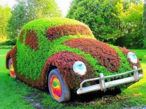 For some reason, I can't help thinking that this car is high on something. And I'm not sure if it's Miracle Gro.