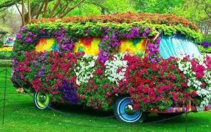 Behold, the flowery van fit for any flower child. Of course, you probably can't drive this thing if you wanted to. Might you might get high in it.