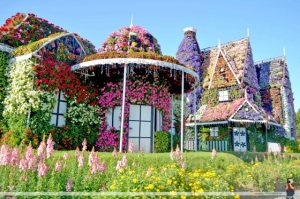 This is also from Dubai's Miracle Garden, by the way. Yes, I'm sure admission there isn't cheap by any means. Seriously, wonder how much money goes into their water bills since somebody has to pay for that.
