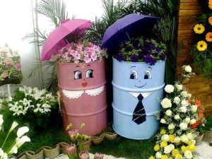 Yes, these have flowers in them as well as umbrellas on top. But these are so cute.