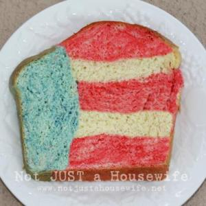 And it's almost in the form of an American flag. Still, I wonder how getting a slice like that is even possible.