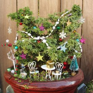 Yes, they have Christmas decorations for mini gardens.  They have decor for other holidays, too. Well, you can keep these kinds of gardens  all year round. There's no weather to stop you.