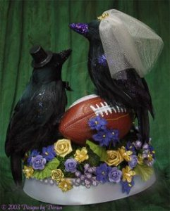 I could imagine my Aunt Jane's husband recommending this cake topper for one of his kids when any of them get married. Still,  I'm sure those aren't taxidermied ravens since I'm sure the real birds are bigger.