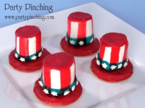 Now these seem to contain Ritz crackers, marshmallows, and fruit roll-up. I'm sure decor and food coloring are involved. But these are quite adorable for any dessert platter.
