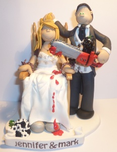 Okay, who in the hell would want a wedding cake topper like this? This is utterly like something you'd see from your worst nightmares. Not on a wedding cake.