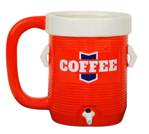 Of course, it's well known what's in this mug so you don't have to pour it out on someone after a team victory. Then again, I have no idea why football players dump these things on themselves after a game. Must be tradition. Still, I think the design is quite clever for some reason.