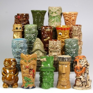 Man, tacky tiki stuff never gets old, doesn't it? I don't know about you but  culture biases aside, tiki  sometimes can range from cool to poor taste depending on the setting.