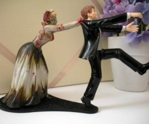 Of course, there's a popular notion that certain men don't want to get married. However, I think when it comes to zombie brides, this guy seems to have a valid excuse. Seriously, nobody wants to be eaten or catch zombie plague.