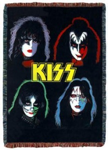 Now I'm not a fan of KISS but let's just say I couldn't pass this one up. Well, because it's certain to be way tackier than many other rock groups. Besides, I don't particularly think metal fans would be into rugs either.