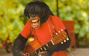 However, I'm sure such a postcard wouldn't go well with the members of the Rolling Stones, Ron Wood and Keith Richards in particular. Then again, he kind of looks like Dave Grohl from Foo Fighters.