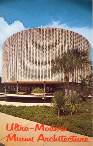 Hate to insult the people of Miami. But if this is your best specimen of your ultra-modern architecture, then it's fair to say that most of your ultra-modern buildings are ugly. Seriously, it looks like some wicker basket or container.