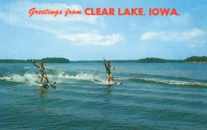 For some reason when I think of Iowa, visions of people water skiing usually don't come to mind. Seriously, this scene doesn't remind me of Iowa at all.