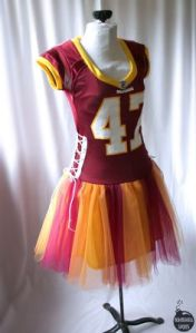 Now these NFL tutus tend to be catered to young girls which is fine by me. However, they also sell these to women which makes them look like idiots.