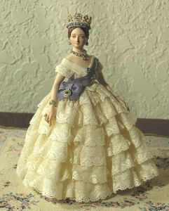 Now this depicts the young Queen Victoria around her coronation when she's only a teenager. However, I have to admit, that it does get a lot of her proportions right. Still, you'd never see such realism in a Barbie doll though.