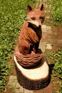 Now that's a nice color for a fox like that. However, I'm not sure if that's the color of the wood or spray paint.