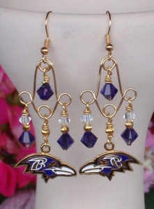 Yes, I'm sure plenty of women would like these. However, if my uncle from Maryland got these for my aunt, well, let's just say it wouldn't go well. Well, unless he got the Ravens logos replaced by the Steelers logos instead.