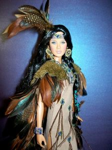 Yes, she has blue eyes. But she has lots of feathers all over her. Besides, I like her better than the other Native American dolls I've seen on Pinterest.
