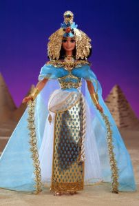 I wonder if this one comes with Egyptian Pharaoh Ken, who's most likely her brother. I mean you know what these Ancient Egyptian royal families were like. An Egyptian royal who doesn't marry their sibling is usually killed by them. Relatives were always after the Pharoah's throne.