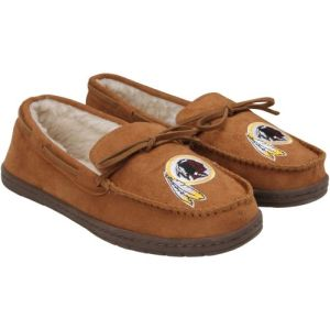 I know that the NFL issues moccasins for every team. But a Washington Redskins themed moccasins is the kind that offends Native Americans. I mean for the love of God, Redskins, can you just change your freaking name?
