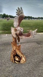 Yes, it's a day time sculpture and I know that owls are active at night. But it's still quite detailed and magnificent, I may add.
