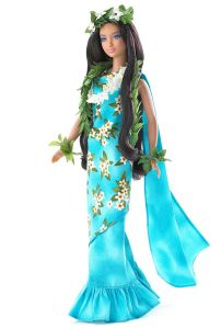 Of course, being from the South Pacific, she always has to be covered in vines and flowers. Still, love her blue and flowery dress. Wonder if Polynesian Ken looks like Troy Polamalu though.