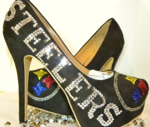 Now I know there are many female Steeler fans out there. But Steeler high heels? Seriously, I might like high heels as much as the next girl. But I'd usually wear them for more formal occasions. Besides, high heels aren't the most comfortable. Seriously, why?