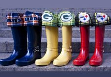 Now we have the Chicago Bears, Green Bay Packers, and the Pittsburgh Steelers. Or as I call it teams from places where it gets really cold and/or wet.