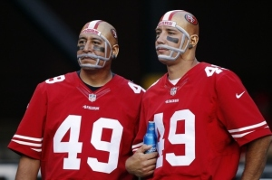 I don't know about you, but I think these San Francisco 49ers fans face paint jobs are kind of unsettling. Just so you know, I'm really not used to the helmet look without the helmet.