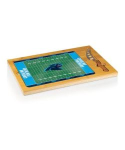 And the cutting board is depicted like a football field. I wonder if this might carry some unfortunate implications like cutting the cheese at the 40 yard line.