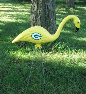 Hate to say this, but I kind of expect to see an NFL themed flamingo to depicts teams like the Tampa Bay Buccaneers, Jacksonville Jaguars, and the the Miami Dolphins. Yet, this a Green Bay Packers one, a team that resides in a place where there are no flamingos whatsoever.