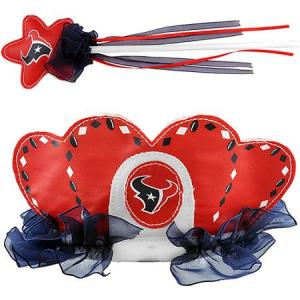 Yeah, I really think that a little girl would want a tiara and wand with her favorite NFL football team. Seriously, even little girls know that Disney is a way better place for princess gear than the NFL.
