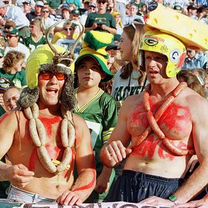 Okay, now I understand these are Green Bay Packers fans. But I have to admit that their dress is pretty disgusting. Seriously, is that supposed to be blood? Gross.