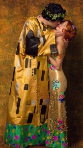 Now this costume was inspired by a famous painting by Austrian artist Gustav Klimt. He's also famous for Woman in Gold which was subject to a really nasty legal battle with an elderly Holocaust survivor.
